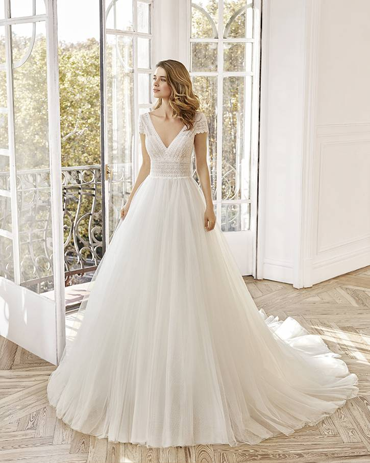 Robe Noreen Aire 3
