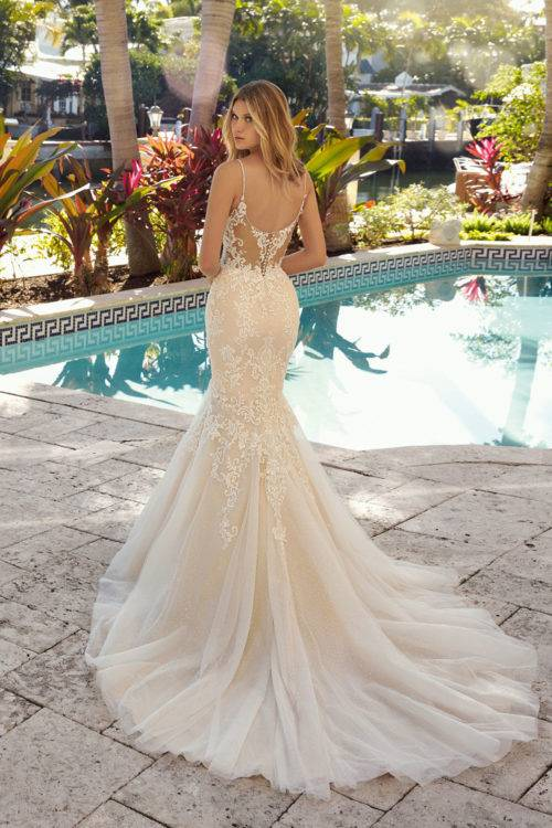 Robe Demetrios 1009 2